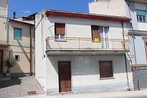 Casa indipendente in vendita via Istonia Cupello (CH)