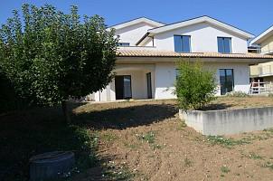 Villa bifamiliare in vendita via alberto coppa Città Sant'Angelo (PE)
