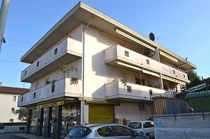 Appartamento in vendita via carducci 55 Cappelle sul Tavo (PE)