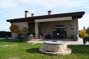 Villa in vendita via  Canale 74 Torrevecchia Teatina (CH)