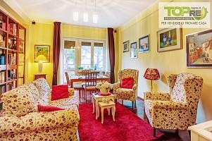 Appartamento in vendita via Cipriani 5 Silvi (TE)