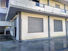 Negozio o Locale in affitto Strada della pace Chieti (CH)