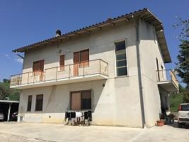 Appartamento in affitto c.sa sant antonio Bucchianico (CH)