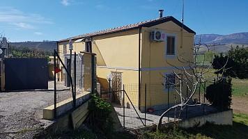 Casa indipendente in vendita CONTRADA PASSO CORDONE Loreto Aprutino (PE)