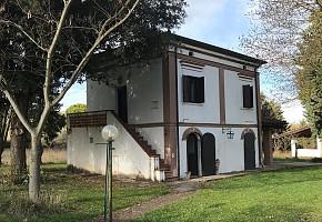 Casale o Rustico in vendita Contrada Vigne Strutte Torino di Sangro (CH)