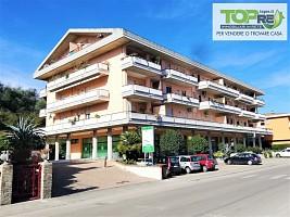 Appartamento in vendita Via Roma 108 Silvi (TE)
