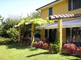 Villa in vendita  Pesaro (PU)