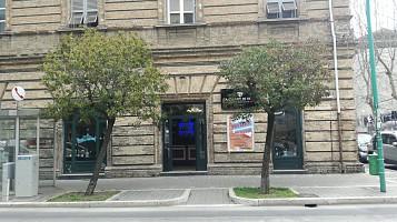 Bar in vendita Via Conte Di Ruvo  Pescara (PE)