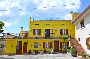 Casa colonica in vendita CONTRADA BAFFO Civitella Casanova (PE)