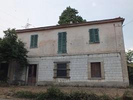 Casa indipendente in vendita contrada colle selva Fara Filiorum Petri (CH)