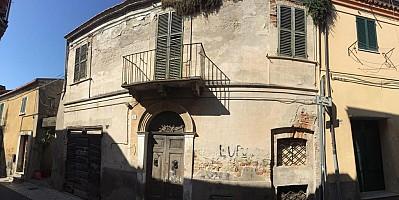 Stabile o Palazzo in vendita via della rocca 53 Giulianova (TE)