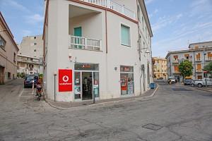 Negozio o Locale in vendita Piazza degli Eroi Canadesi Ortona (CH)