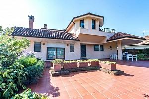 Villa in vendita Via Fondo Valle Alento 95 Torrevecchia Teatina (CH)