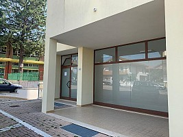 Negozio o Locale in vendita via otranto Spoltore (PE)