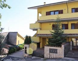 Porzione di casa in vendita via degli uliveti Loreto Aprutino (PE)