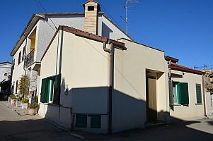 Porzione di casa in vendita Via Adriatico Rosciano (PE)