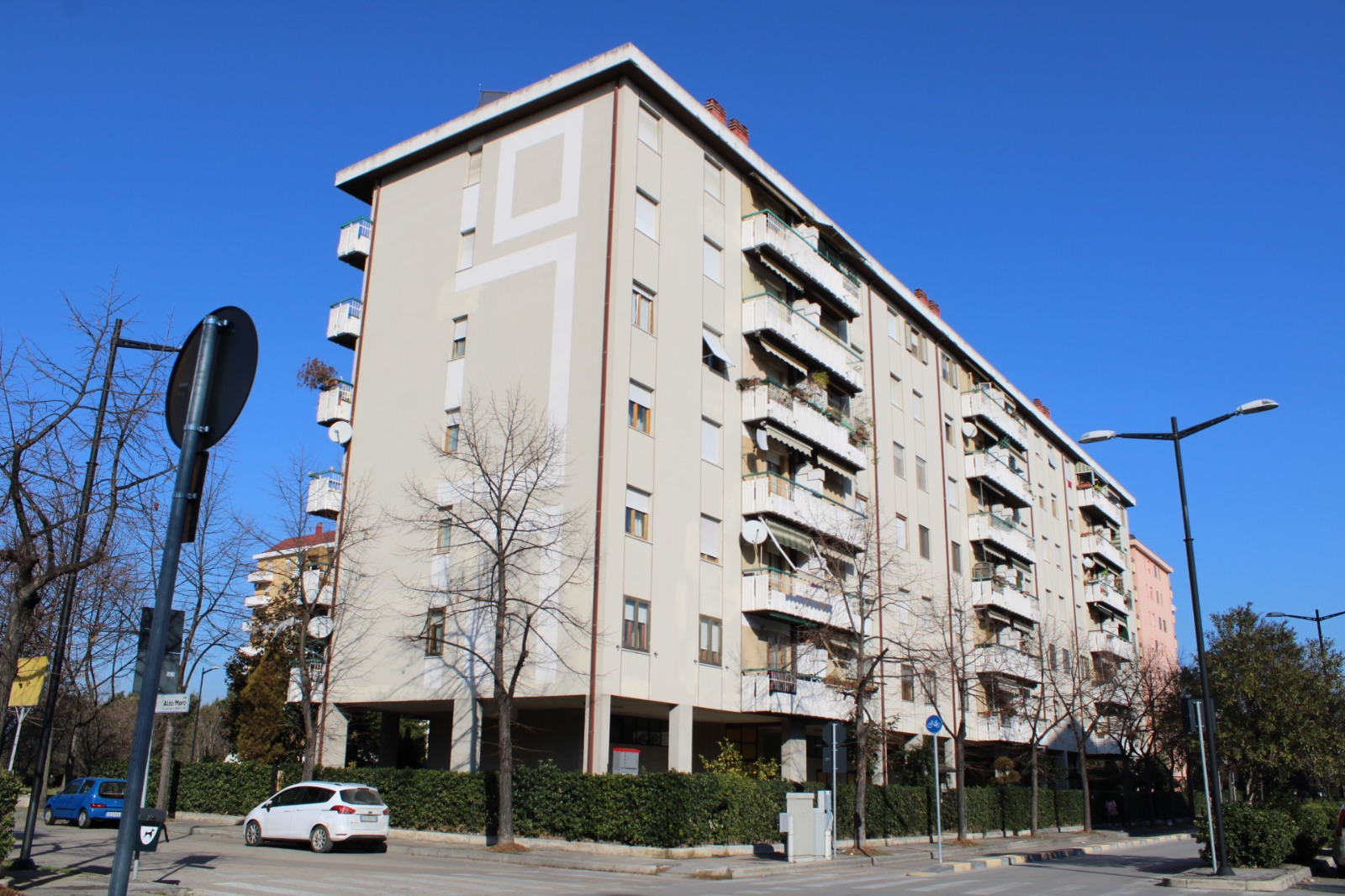 Appartamento in vendita via aldo moro  Pescara (PE)