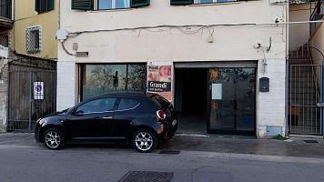 Garage in vendita Via Papa Giovanni XXIII Chieti ()