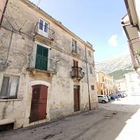 Appartamento in vendita Piazza Umberto I Lama dei Peligni (CH)