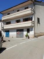 Porzione di casa in vendita Via Zamarri Roccaromana (CE)