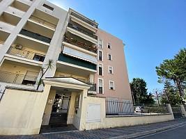 Appartamento in vendita via Padre Pio da Pietralcina Montesilvano (PE)