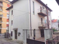 Appartamento in affitto via vittorio di carlo Chieti (CH)