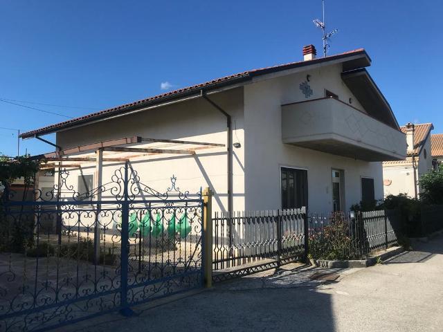 Casa indipendente in vendita Via Arielli Chieti (CH)