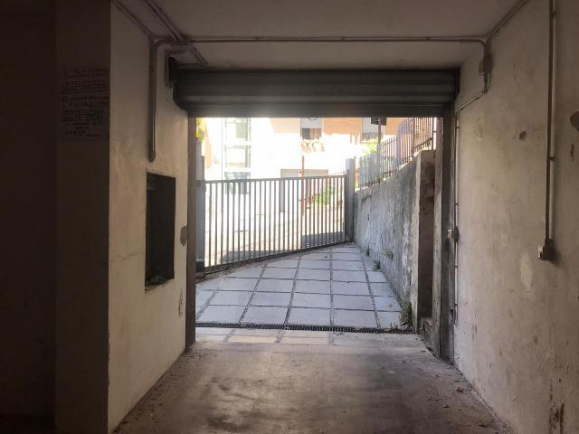 Garage in vendita Via Carusi Chieti (CH)