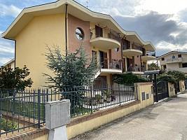 Villa a schiera in vendita via P. Baiocchi Città Sant'Angelo (PE)