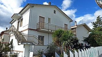 Casa indipendente in vendita Via Sangro Spoltore (PE)