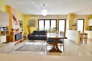 Appartamento in vendita Via Gianni Marrone 11 Montesilvano (PE)