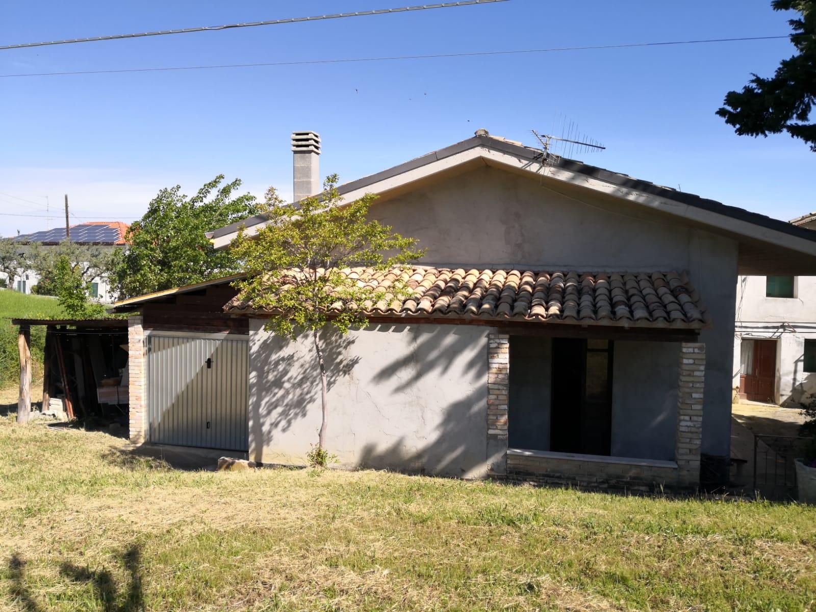 Porzione di casa in vendita C.da Colle dei Gesuiti, 49 Bucchianico (CH)