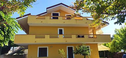 Villa in vendita Contrada Colle Marconi 103 Bucchianico (CH)