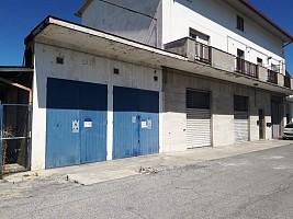 Magazzino o deposito in vendita via penne Chieti (CH)