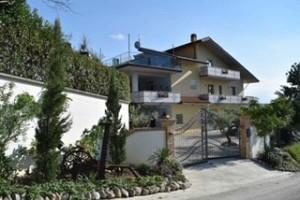 Villa in vendita Contrada San Leonardo 28 Bucchianico (CH)