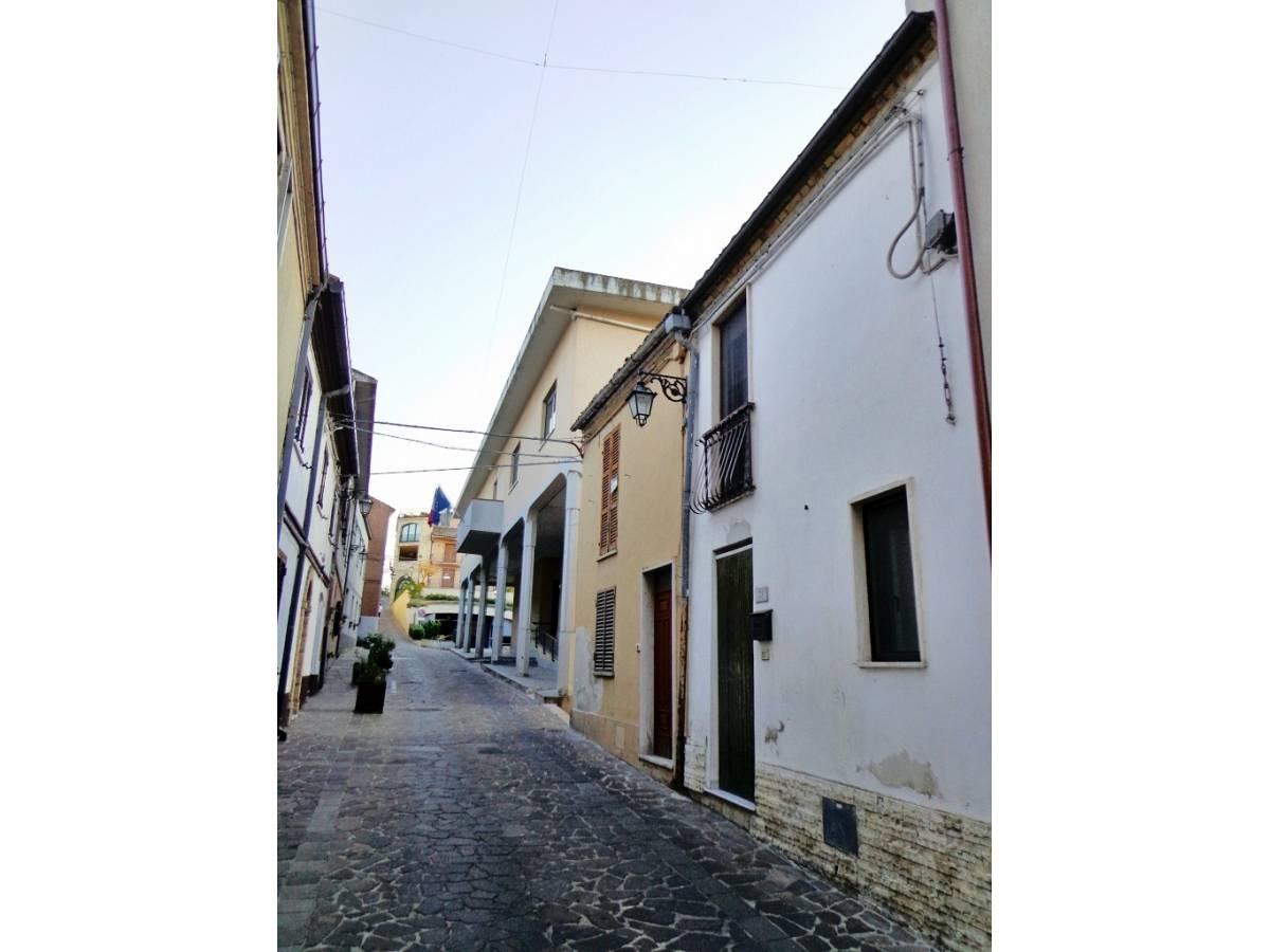 Stabile o Palazzo in vendita in corso umberto I  a Vacri - 926809 foto 1