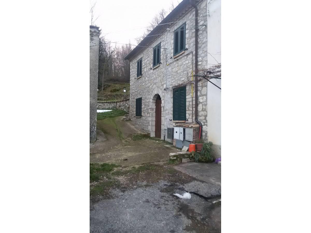Casale o Rustico in vendita in contrada Fratte  a Pietrabbondante - 254709 foto 2