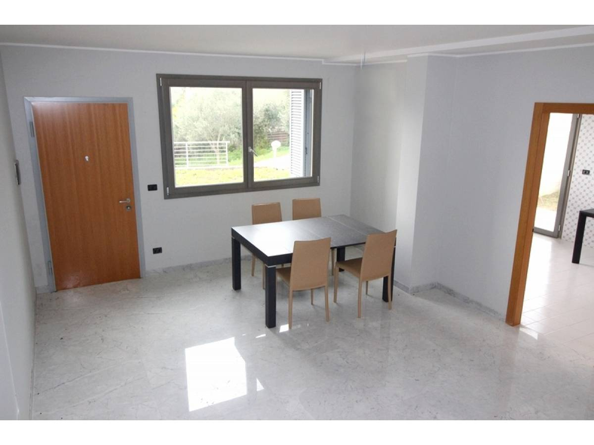 Villa bifamiliare in vendita in   a Ortona - 92165 foto 3