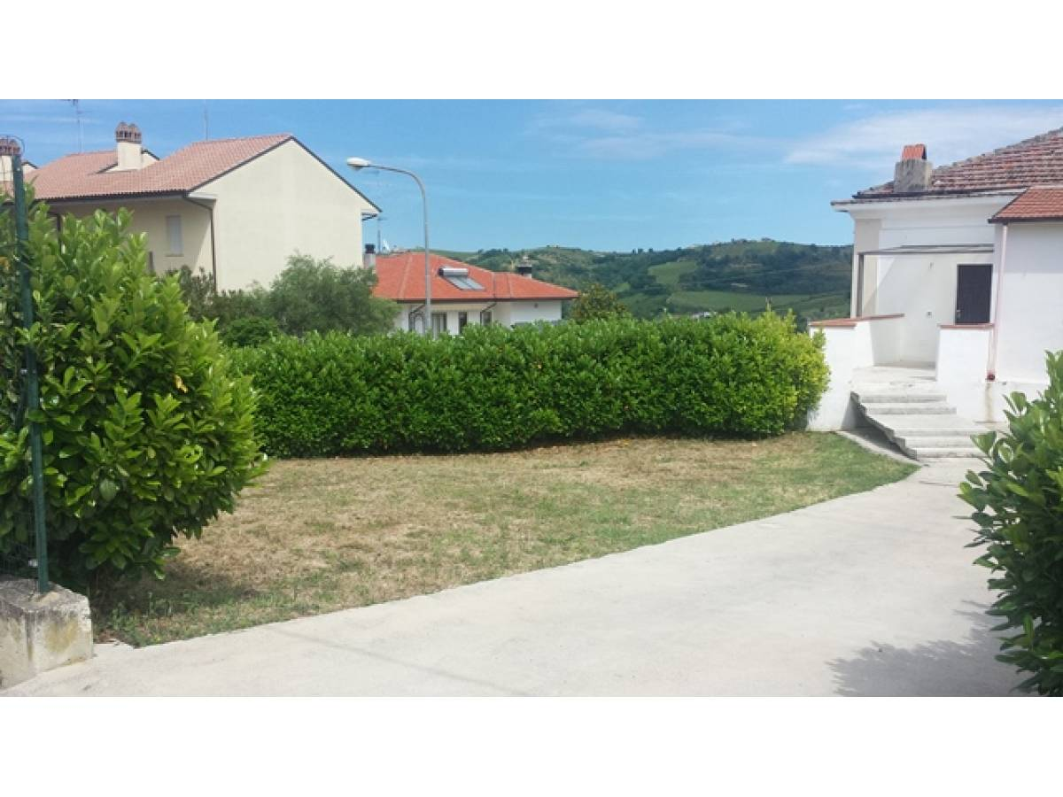 Appartamento in vendita in CONTRADA MONTUPOLI  a Miglianico - 790413 foto 1