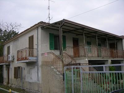 Casa indipendente in vendita a Fara Filiorum Petri