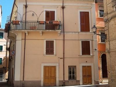 Stabile o Palazzo in vendita a Casalbordino