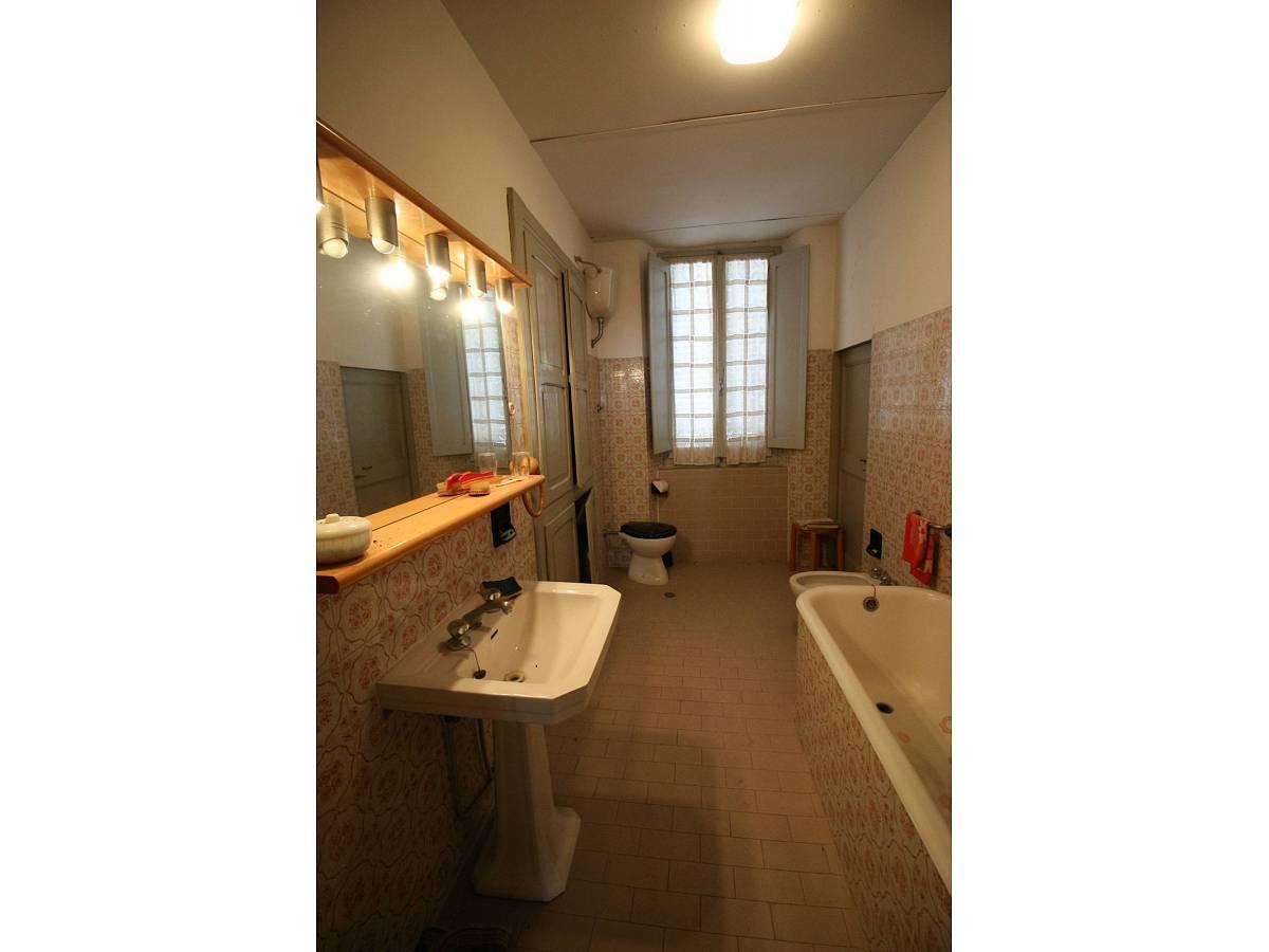 Stabile o Palazzo in vendita in Piazza Ascanio Condivi  a Ripatransone - 104177 foto 10