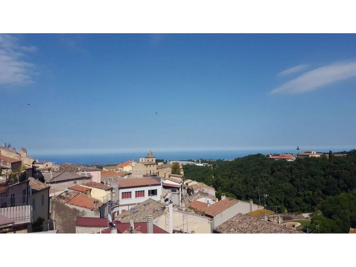 Stabile o Palazzo in vendita in Piazza Ascanio Condivi  a Ripatransone - 104177 foto 23