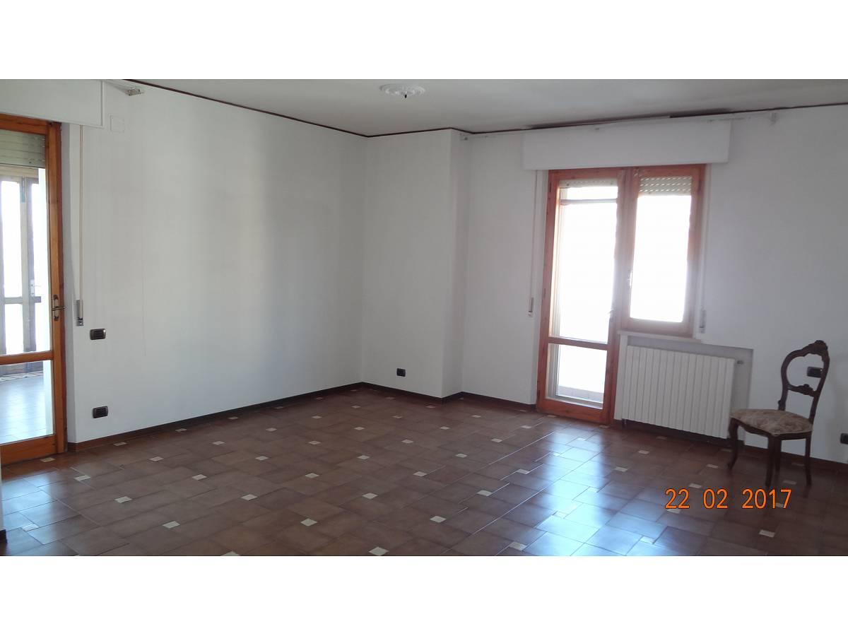 Appartamento in vendita in Via Raffaele Di Natale zona Filippone a Chieti - 5519 foto 2