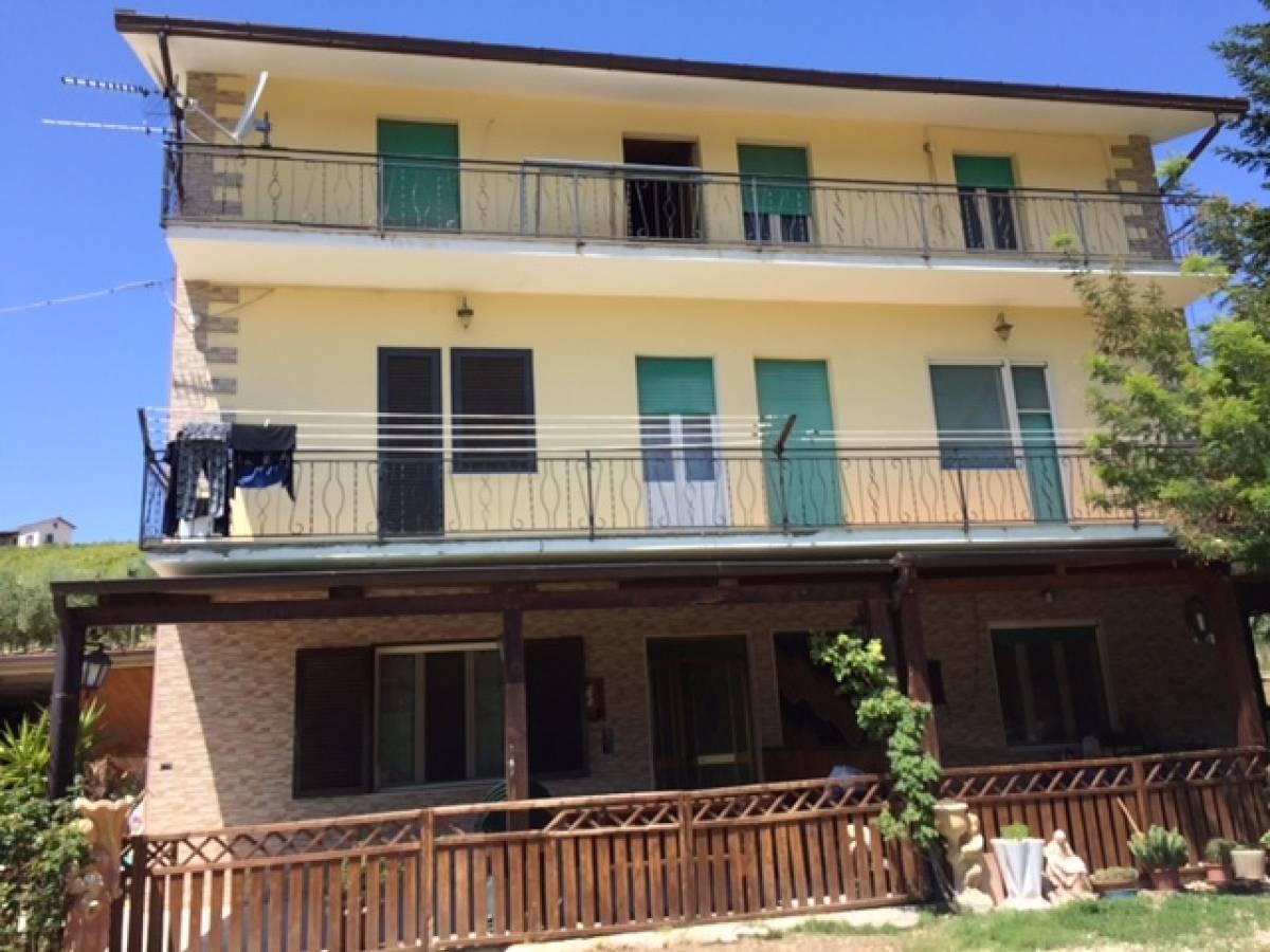 Porzione di casa in vendita in contrada peschiera 6 a for Casa di 900 piedi quadrati