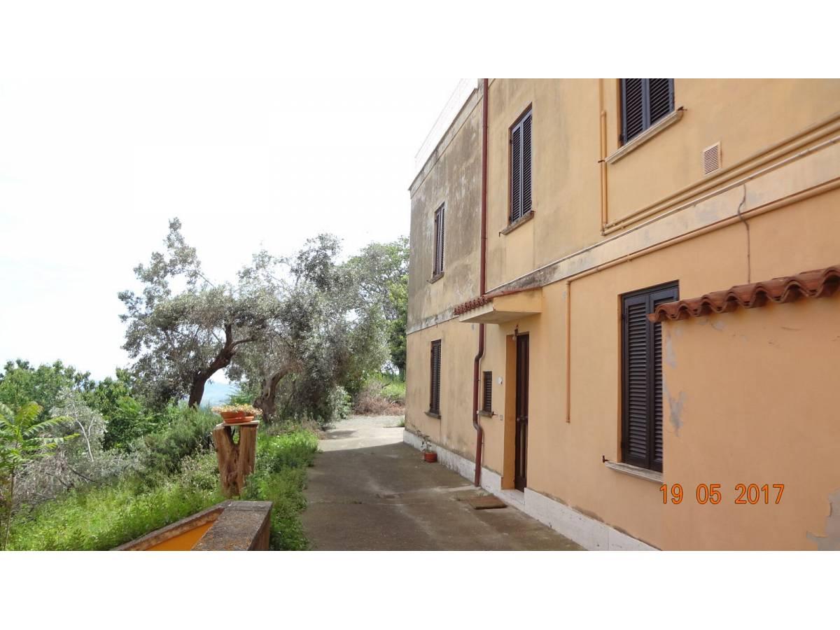 Villa in vendita in via salomone a chieti 831513 for Piani di garage in vendita