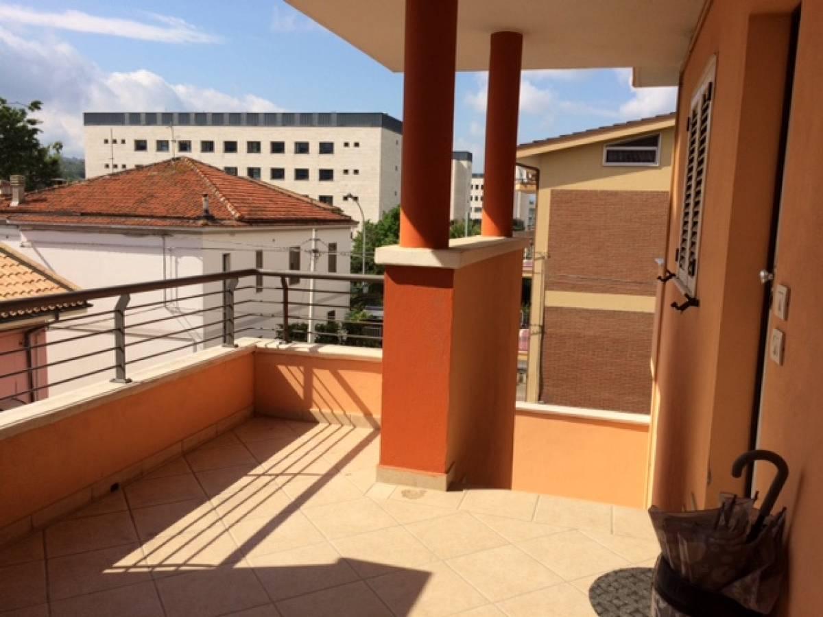 Porzione di casa in vendita in via vestini zona scalo mad for Casa di 900 metri quadrati in vendita