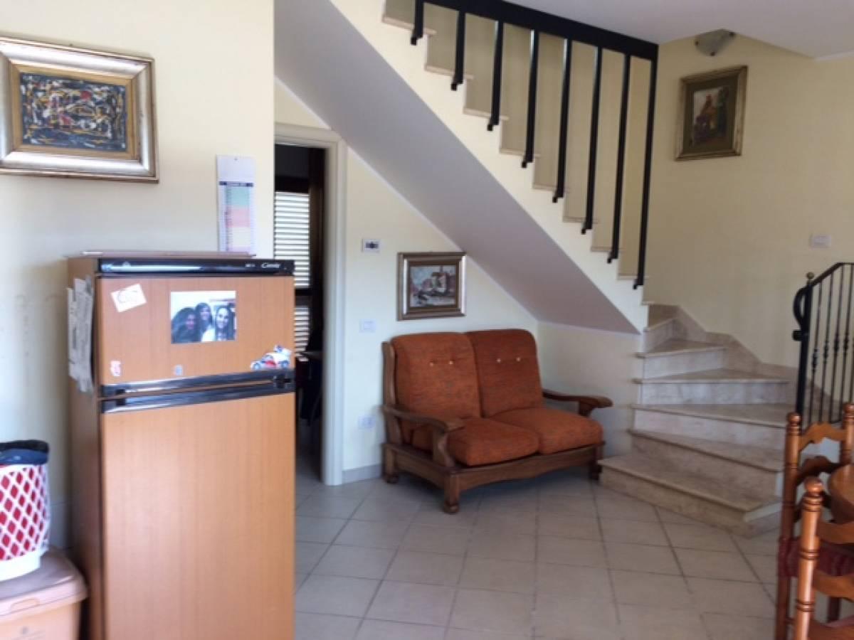 Porzione di casa in vendita in via Vestini zona Scalo Mad ...