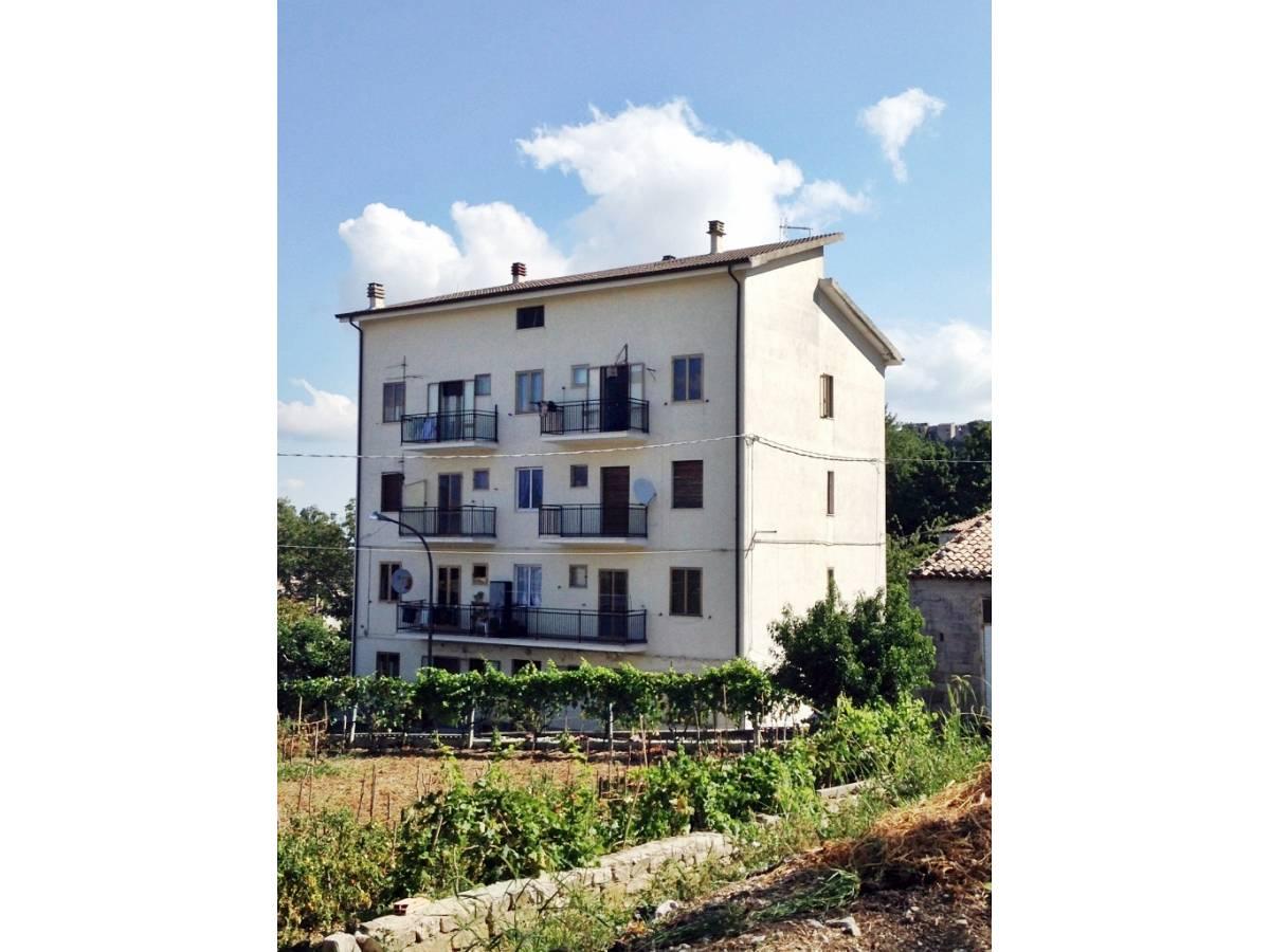 Appartamento in vendita in via riga  a Montebello sul Sangro - 8977259 foto 2