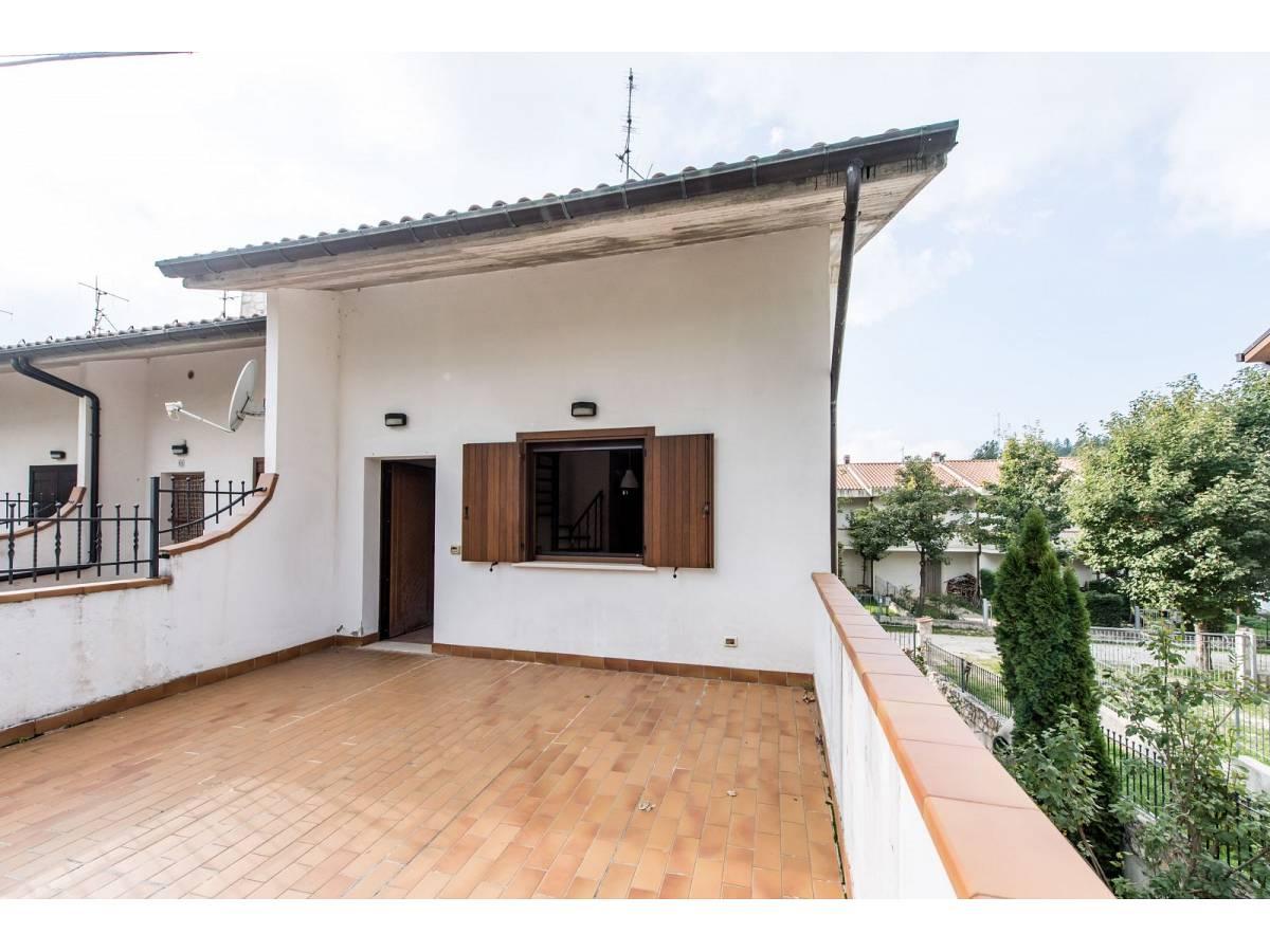 Villetta in vendita in VIA GRAN SASSO  a Sant'Eufemia a Maiella - 4029496 foto 6
